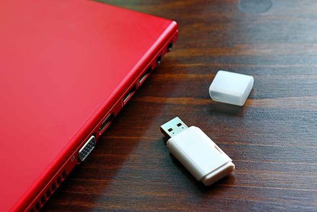 USBメモリには寿命がある?放置をすると保存したデータが消える?