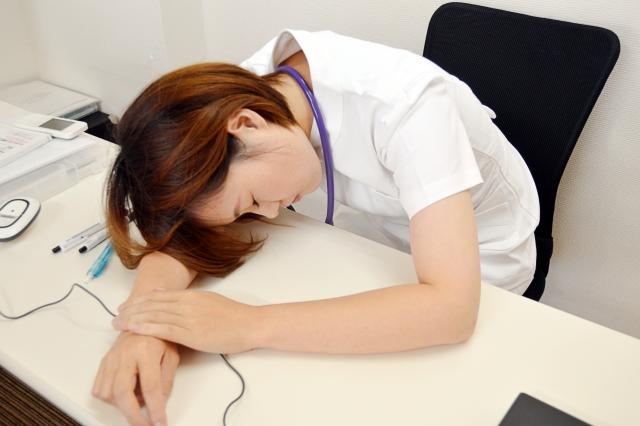 毎日の残業が2時間は多い方なのか?体力的にどうなるのかもご紹介